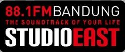 logo studioeast radio