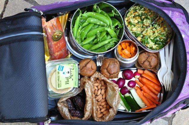 makanan-traveling